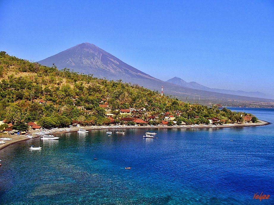 Amed is a beach, seafood and water lovers paradise! The perfect addition to your Bali holiday adventure