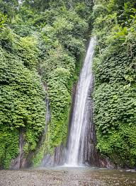 There are three waterfalls in Munduk. You can even hike all three if you want to immerse yourself in nature. Hiking is definitely a holiday adventure.